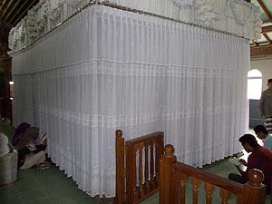 objek wisata kudus Makam Sunan Muria