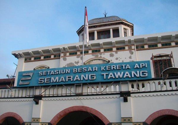 Sewa Mobil Semarang Antar Jemput Stasiun Kereta Api Tawang Semarang