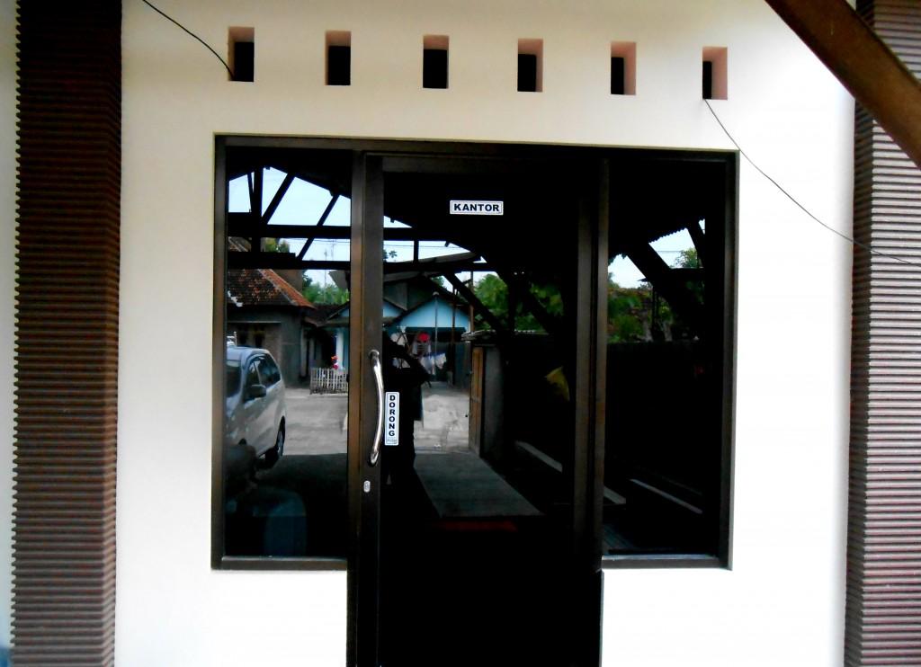 kantor_semberani_rent